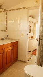 23--Lamu---Master-Bathroom