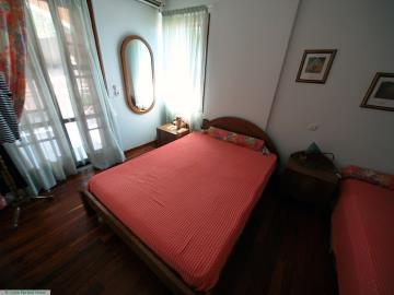 M1232_23_Bedroom_1