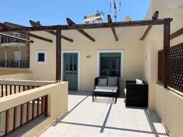 04-1511_ktimatoemporiki_Seaview_house_for_sale_in_Chania--11-