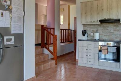 04-1721_Ktimatoemporiki-Seaview-House_in-Tavronitis-for-sale-3