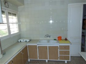 Image No.5-4 Bed Property for sale