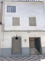 Image No.23-3 Bed Property for sale