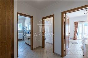 Image No.17-Villa de 4 chambres à vendre à Lagos