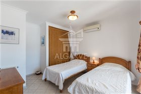 Image No.19-Villa de 4 chambres à vendre à Lagos