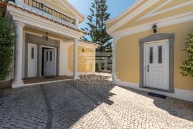 Image No.21-Villa de 4 chambres à vendre à Lagos
