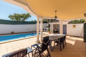 Image No.25-Villa de 4 chambres à vendre à Lagos