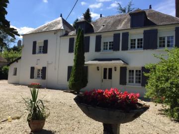 1 - Briouze, Country House