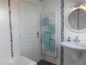 aitkin-8bathroom-richbourg