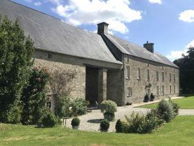 La Bonneville, Country House