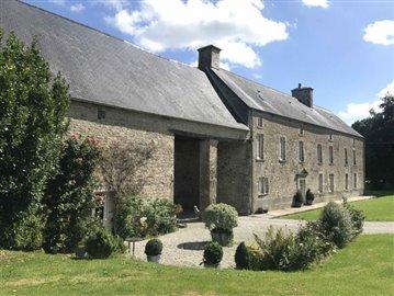 1 - La Bonneville, Country House