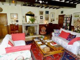 Image No.28-5 Bed Country House for sale