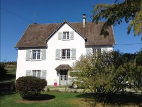 Coussac-Bonneval, Country House