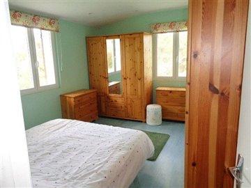 avery13-master-bedroom-shot-1