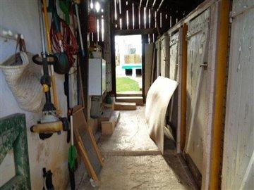 avery18-internal-barn-shot-1