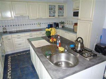 avery7a-kitchen-shot-2