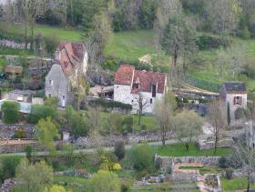 Sauliac-sur-Célé, Country House