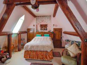 Image No.15-7 Bed Country House for sale
