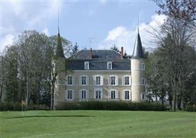 Céron, Property