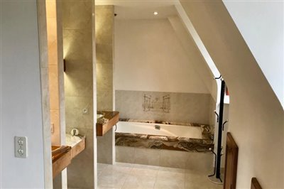 En-Suite-Bathrom-1