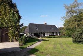 Le Sap, House