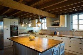 Image No.11-Maison de 8 chambres à vendre à Cazaugitat