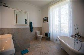 Image No.15-Maison de 8 chambres à vendre à Cazaugitat