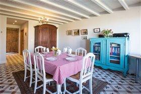 Image No.2-Maison de 8 chambres à vendre à Cazaugitat