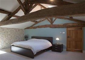 Image No.6-Maison de 8 chambres à vendre à Cazaugitat