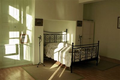 6-guest-room-2