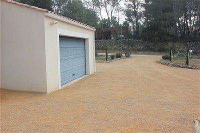 drivewaygarage