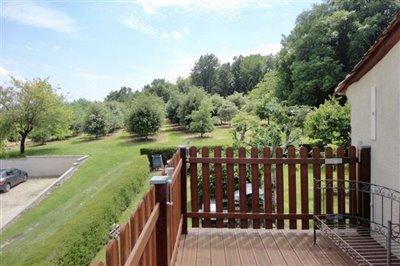 13-balcony-towards-wood-and-truffle-orchard