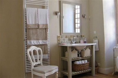 15-master-bathroom-photo2