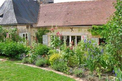 24-garden-photo2
