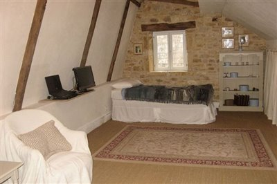 29-bedroom-5
