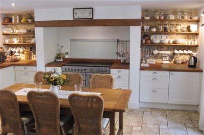 07-kitchen-photo1