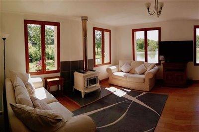 25-lounge-panorama-2