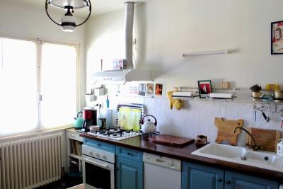 8-first-floor-kitchen