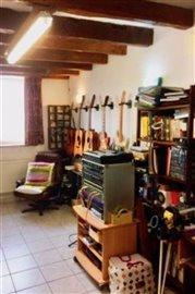 i-studio-2