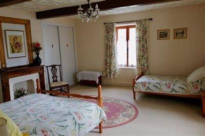 east-bedroom