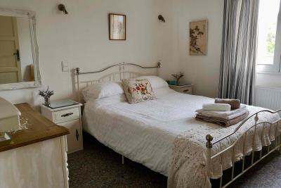 11-Bedroom-4