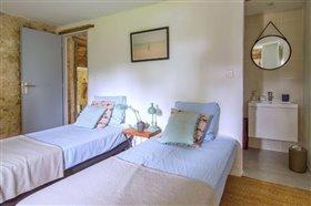 Image No.15-Propriété de 8 chambres à vendre à Saint-Maurin