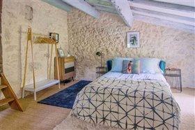 Image No.3-Propriété de 8 chambres à vendre à Saint-Maurin