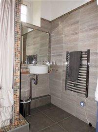 u-cottage-bathroom