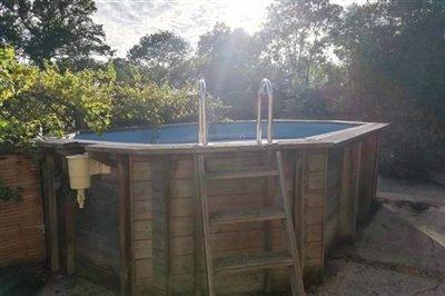 24-pool