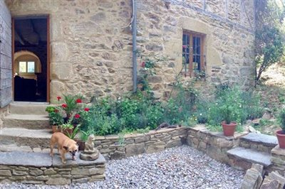 house-front-pano