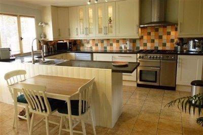 14-annex-kitchen
