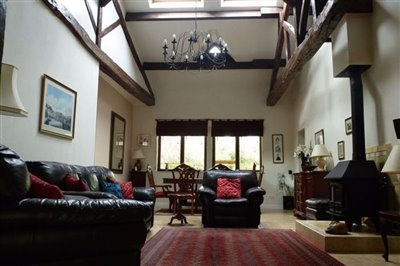 13-annex-lounge-2