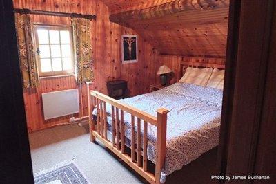 015-102611-master-bedroom-interior-reduced-si