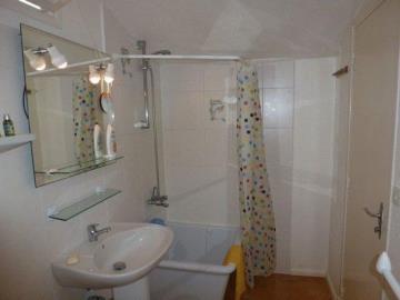 Taylor-studio-bathroom-ii