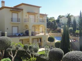 Image No.0-Maison / Villa de 5 chambres à vendre à Algarve